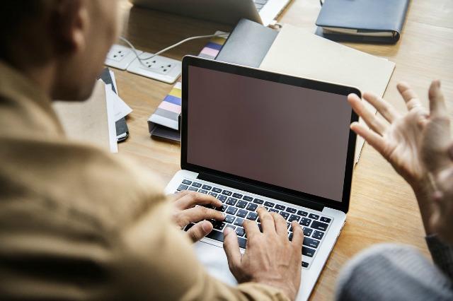 Kredyt przez internet na konto – LISTA dokumentów do kredytu