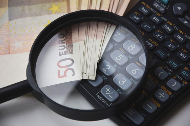 Porównywarki kredytów, kalkulatory kredytowe… jakie narzędzia pomogą Ci wybrać kredyt?