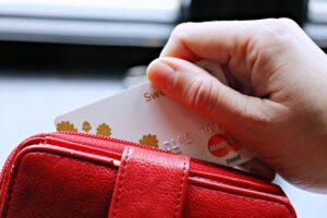 Karta, kredyt gotówkowy