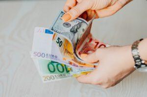 Zarobki a wysokość kredytu
